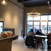 10/18/2018にLaurenがKing's Street Coffeeで撮った写真