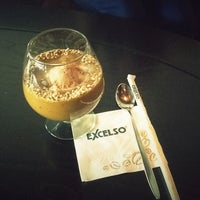 Photo taken at de`EXCELSO by Anggi T. on 1/28/2013