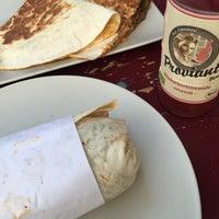 Das Foto wurde bei Berlin Burrito Company von Clarissa N. am 8/24/2015 aufgenommen