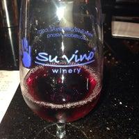Foto tomada en Su Vino Winery por Monica M. el 10/19/2013