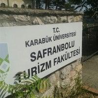 Photo taken at Karabük Üniversitesi, Safranbolu Turizm Fakültesi by Ramazan S. on 9/28/2015