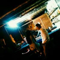 Foto tomada en Arenas Bar & Lounge por Nereyda S. el 12/6/2015