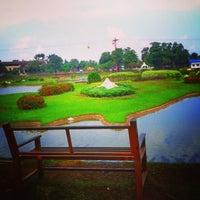 Снимок сделан в Danau Taman Mini Indonesia Indah пользователем Aldo M. 1/8/2013