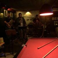 Photo taken at Hum Ponto Oito Lounge Music by Adriana D. on 5/18/2014