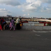 Photo taken at Kuril Bishwaroad Flyover by Mohammad Shoriful Islam R. on 8/10/2013