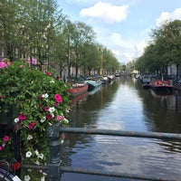 Photo taken at De Jordaan by Ana Lucia S. on 9/17/2017