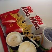 Снимок сделан в McDonald's пользователем Krystyna N. 10/4/2017