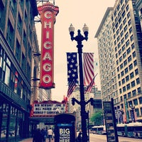 Foto tomada en The Chicago Theatre  por Ryuji M. el 5/26/2013