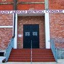 8/26/2015 tarihinde Saint Arnold Brewing Companyziyaretçi tarafından Saint Arnold Brewing Company'de çekilen fotoğraf