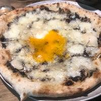 Foto tomada en Parking Pizza por Oriol M. el 4/20/2018