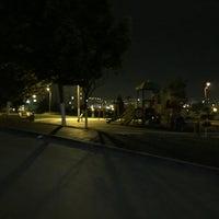 Photo taken at Buket Parkı ve Koşu Yolu by Murat M. on 4/29/2016