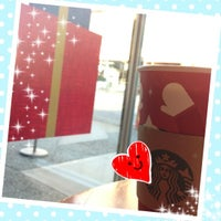 Photo taken at Starbucks by Pomme on 11/25/2012