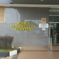 Photo taken at Wisma Persekutuan by Blackburn R. on 1/31/2017