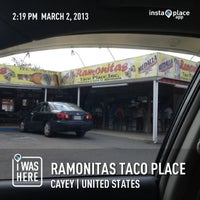 Photo prise au Ramonitas Taco Place par Wandy S. le3/2/2013
