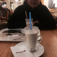 Photo taken at Costa Coffee by Fakhrul S. on 11/27/2015