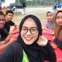 Photo taken at yong tau fu steamboat hery by Syazana A. on 4/12/2016