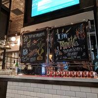 Foto tirada no(a) The Pub por Michael O. em 8/11/2018