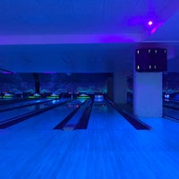 Photo taken at Bowling Champerret by Yaroslava P. on 6/28/2017