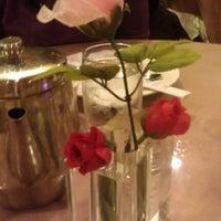 12/25/2012 tarihinde Robin B.ziyaretçi tarafından Shanghai Garden'de çekilen fotoğraf