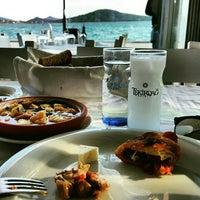 5/24/2016 tarihinde Ayşenur Ç.ziyaretçi tarafından Cunda Sahil Restaurant'de çekilen fotoğraf