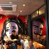 Foto tomada en The Bombay Bread Bar por Josh A. el 5/29/2018