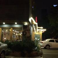Photo taken at 麻蒲烧烤店 마포숯불갈비 by honey t. on 5/31/2016