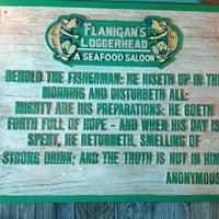 Foto tomada en Flanigan's Seafood Bar & Grill por Juan C. el 5/16/2013