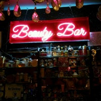 Photo taken at Beauty Bar by Rohan K. on 8/26/2016