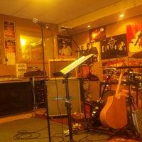 Photo taken at Studio Rock 'N' Roll Junkie by Siegert N. on 8/20/2013