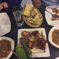 Photo taken at d'Tandoor Restaurant by Amirah A. on 11/19/2016