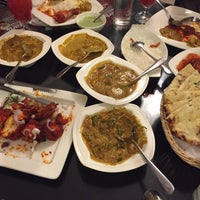 Photo taken at d'Tandoor Restaurant by Amirah A. on 4/23/2016