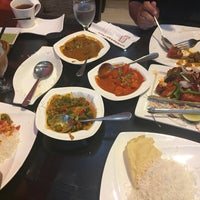 Photo taken at d'Tandoor Restaurant by Amirah A. on 2/5/2017