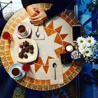 10/20/2015 tarihinde Ceren A.ziyaretçi tarafından Hümaliva Çikolata & Kahve'de çekilen fotoğraf