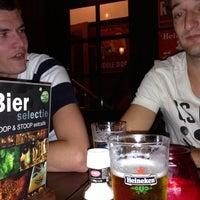 Photo taken at Stoop en Stoop Eetcafe by Jim v. on 10/19/2012