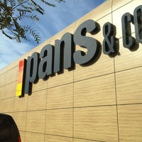 Photo taken at Pans & Company by Jordi G. on 1/12/2013