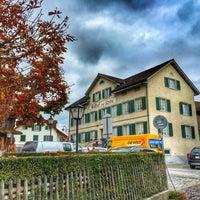 Foto scattata a Gasthof Zur Krone da Peter G. il 10/30/2015
