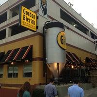 Photo taken at Gordon Biersch Brewery Restaurant by 🇬🇧Alphonso G. on 4/14/2013