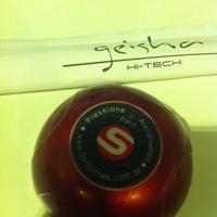 Foto tirada no(a) Geisha Hi-Tech por Ly Y. em 10/11/2012