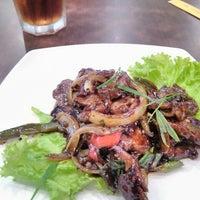 Photo taken at QUA-LI Noodle & Rice by Cahyo O. on 5/27/2016