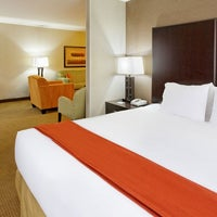 Photo taken at Holiday Inn Express & Suites Canyonville by Holiday Inn Express & Suites Canyonville on 9/3/2015