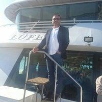 Photo taken at Lüfer Tekneleri by Süleyman Ceylan .. on 4/16/2016