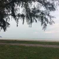 Foto tomada en Pantai Mersing por Nur Khalilah I. el 7/14/2017