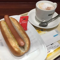 Photo taken at DOUTOR by KOTO on 11/1/2016