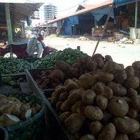 Photo taken at Pasar Gedebage by Deni S. on 8/26/2013
