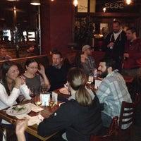รูปภาพถ่ายที่ Life of Pie Pizza โดย Brett F. เมื่อ 11/3/2013