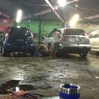 Photo taken at Suranta Jaya Car Wash by Gerda G. on 12/3/2012