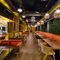 10/9/2015 tarihinde PS Lounge Etilerziyaretçi tarafından PS Lounge Etiler'de çekilen fotoğraf