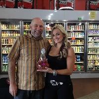 Foto tirada no(a) Liquor Barn por Duane L. em 11/2/2012
