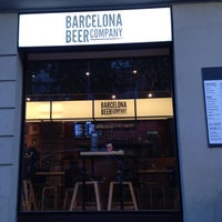 Foto tomada en Barcelona Beer Company Taproom por Cristina V. el 8/26/2016