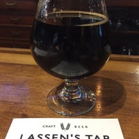 Photo taken at Lassen's Sports Bar & Grill by John D. on 11/25/2017
